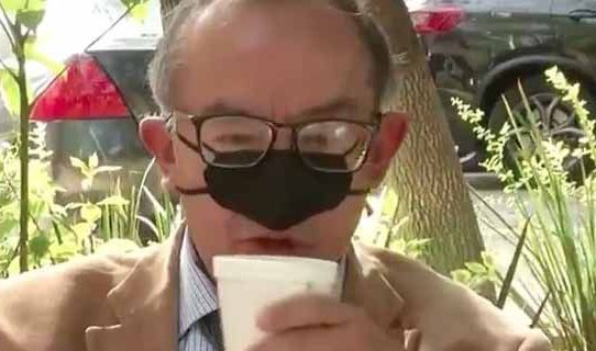 Groundbreaking! A Nose-Only Mask Will Save The Planet